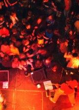 20041210_crowd