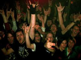 crowd_stagefoto