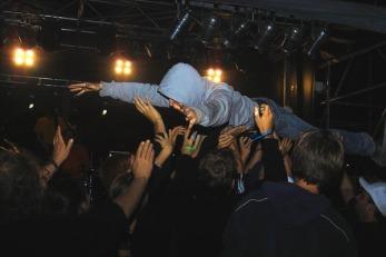wirksystem_crowdsurf